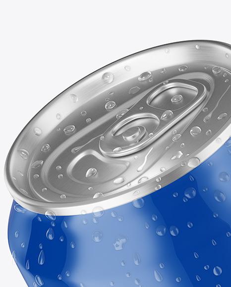 Aluminium Can With Water Drops & Glossy Finish Mockup