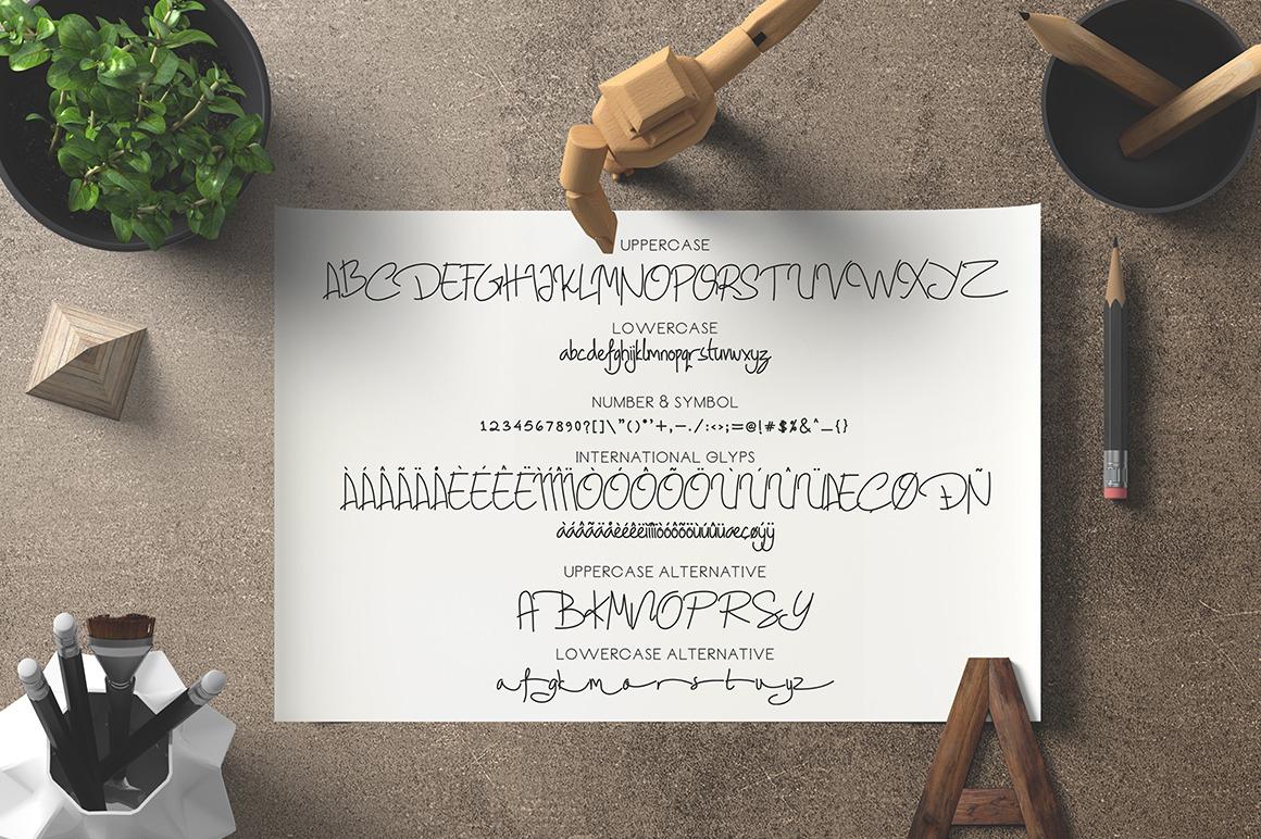 Geovana - Signature Font