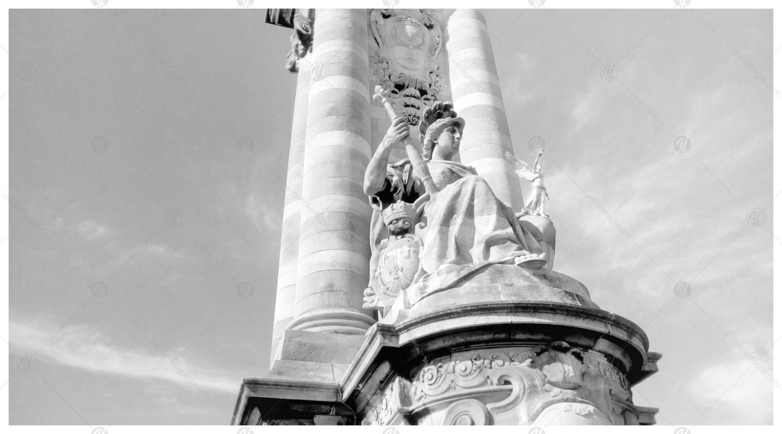Black and White Paris Landmarks